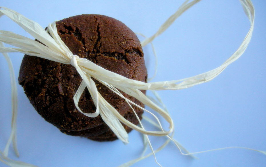 cinnamon molasses cookies for santa