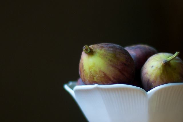 three mission figs in a bowl
