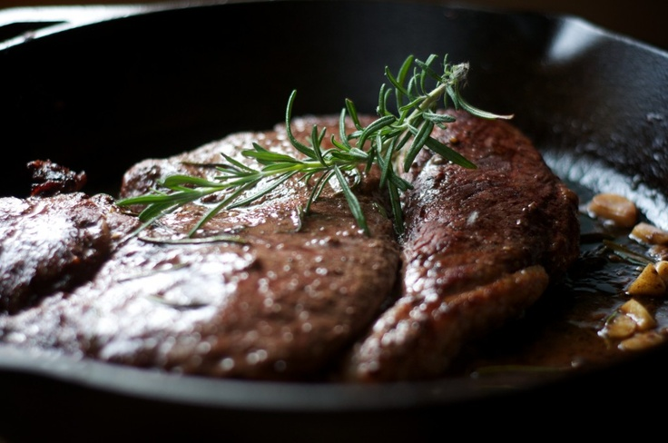 a recipe: braised steak with red wine and rosemary