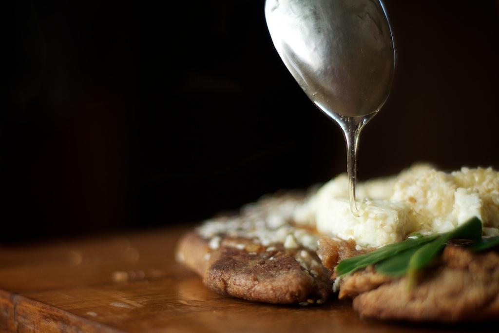 a recipe: staititai [ancient greek sesame honey pizza]