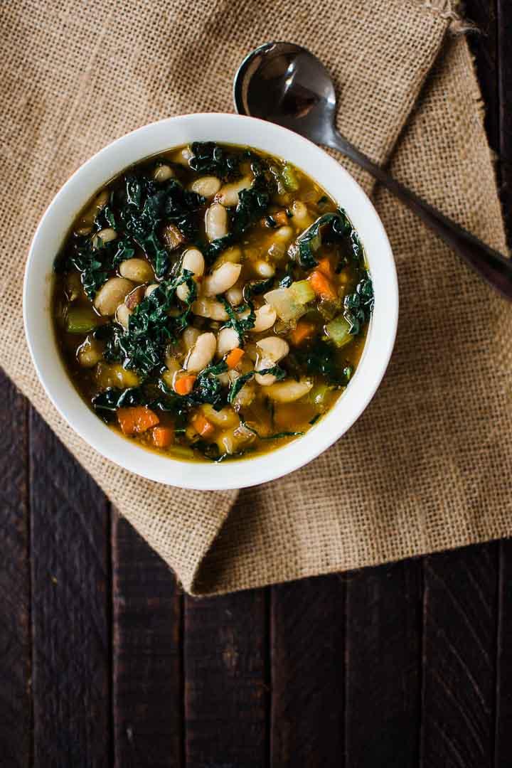 kale and white bean soup recipe