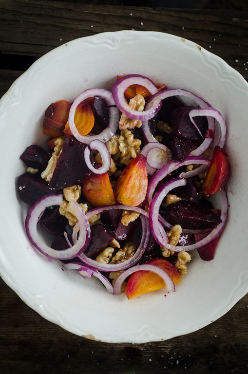Roasted Beet and Walnut Salad with Kombucha Vinaigrette: An Easy Recipe from #nourishedkitchen