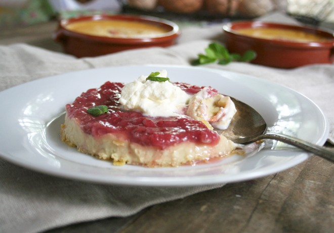 creamy-strawberry-flan2