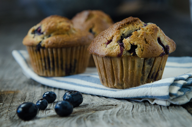 1 Blueberry Muffin on Wood #nourishedkitchen