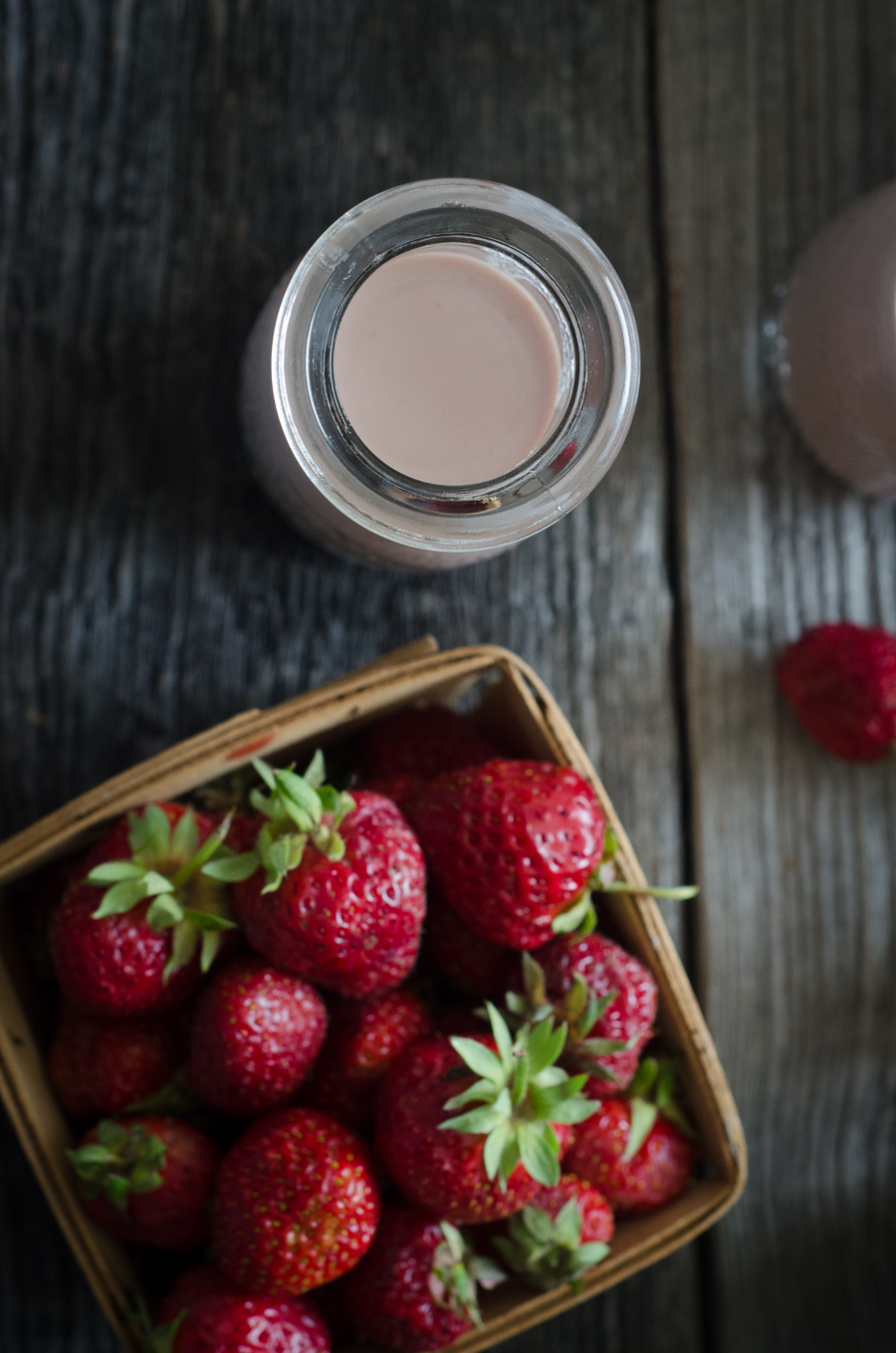 Strawberry Horchata is a naturally dairy-free, grain-free recipe using tigernuts, almonds and strawberries for a super refreshing summertime treat.