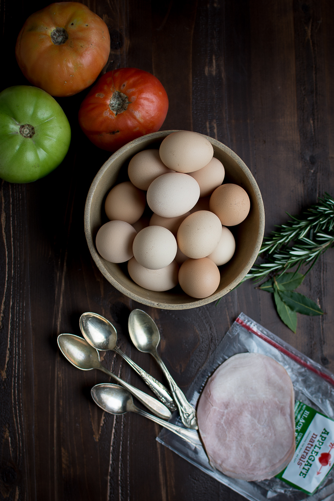 Ingredients for Baked Eggs with Ham and Sofrito.