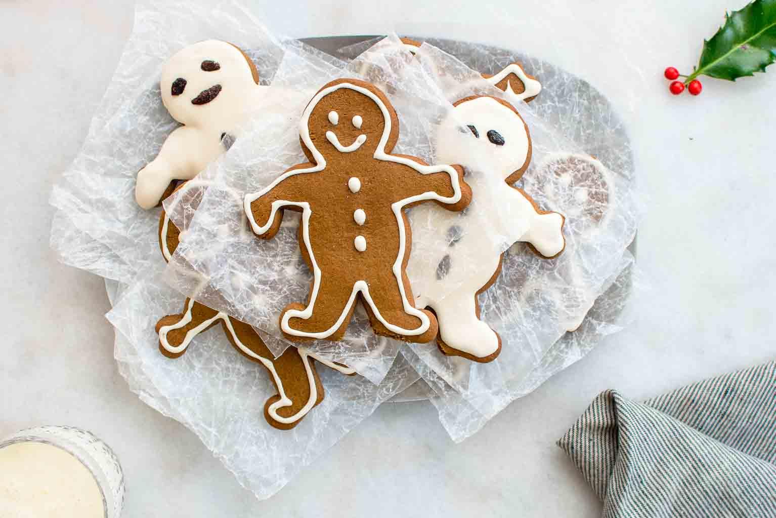 Maple gingerbread men ready for Santa Claus.