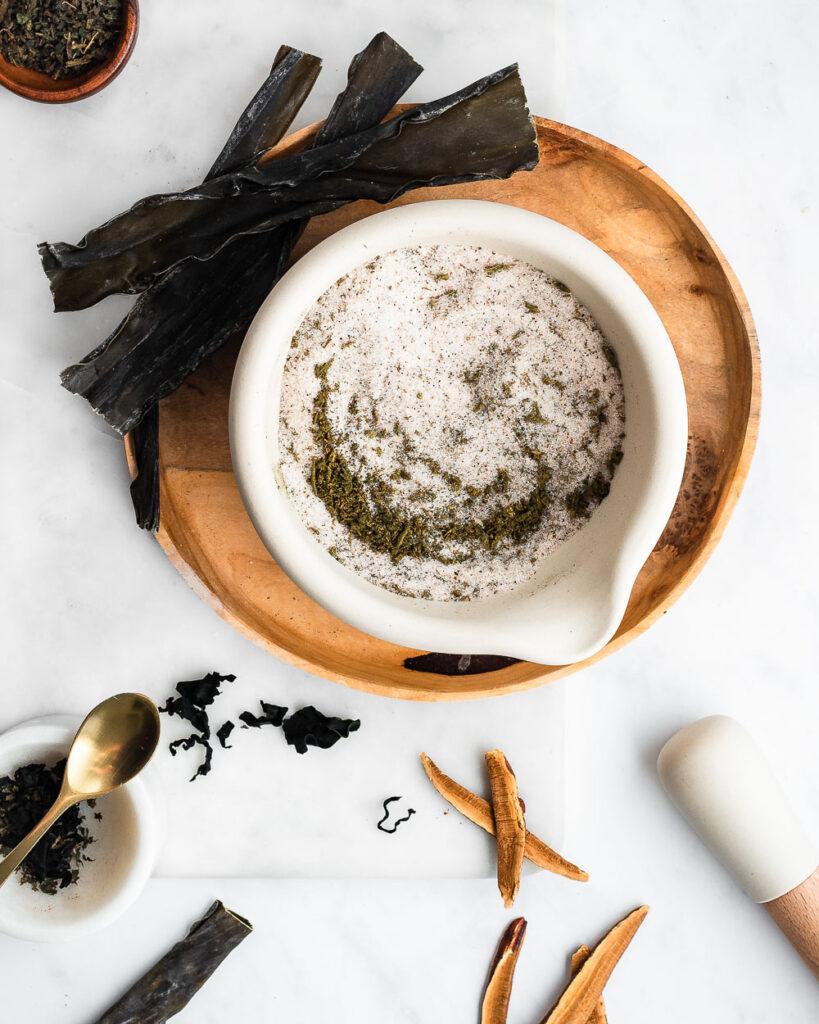 Mineral Salt with Sea Vegetables, Herbs and Reishi Mushroom